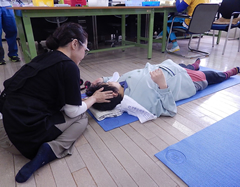 ヘッドセラピーボランティアの様子3